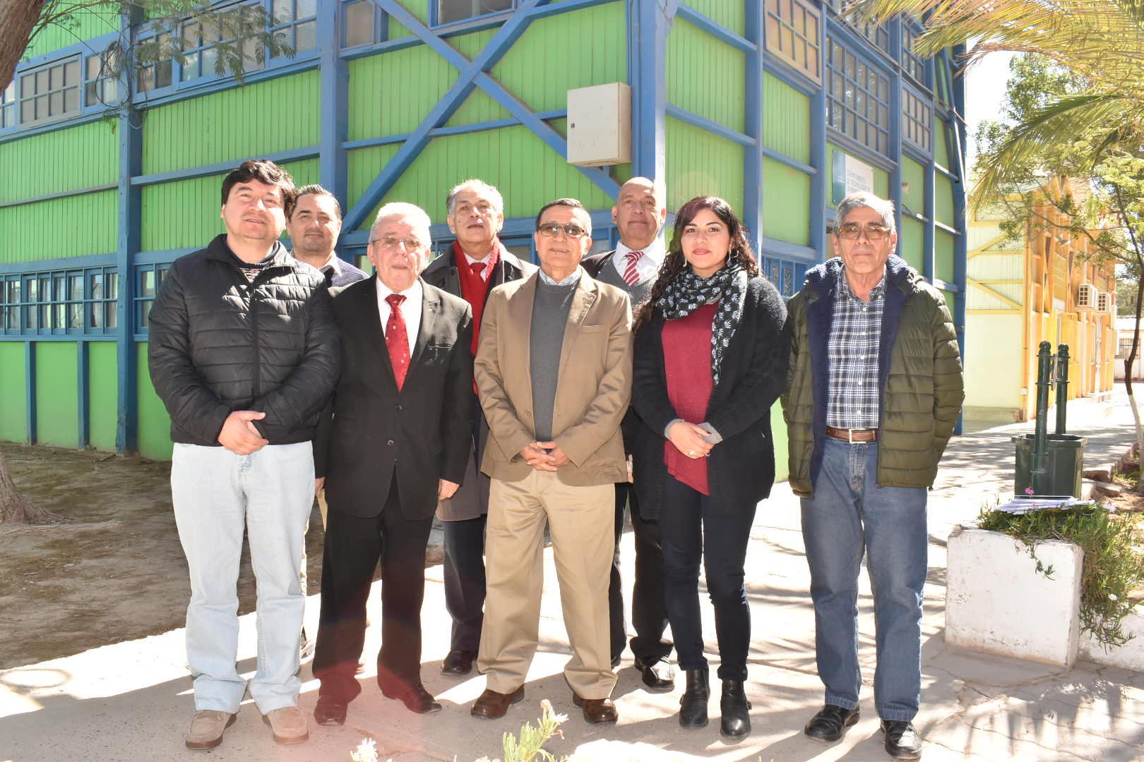 En emotiva reunión celebraron último día de trabajo de ex Decano de Facultad Tecnológica