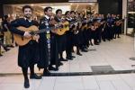 Tuna Facultad de Ingeniería de la UDA desarrolló sorpresiva intervención en Mall Plaza Copiapó