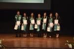 Un centenar de estudiantes de la Facultad de Humanidades y Educación se titularon en el Teatro Municipal